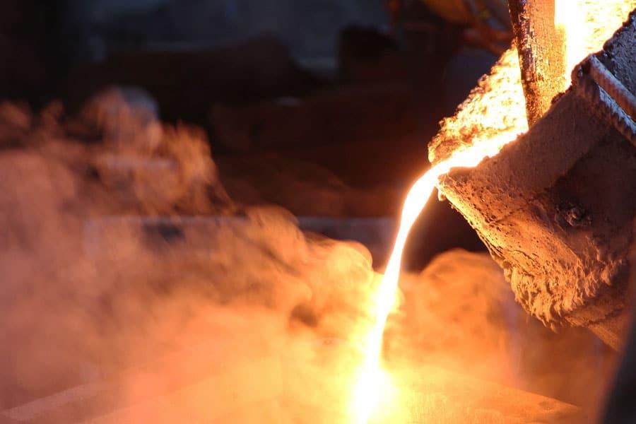 Fundición-de-metales-para-la-creación-de-joyería